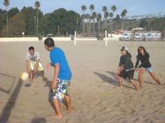 2009... Playing volleyball in Zuma Beach. I tried to copy your form...