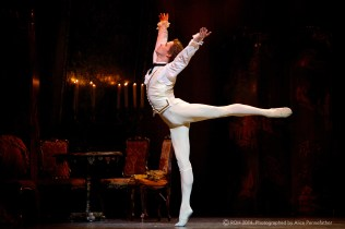 Manon 25/09/14, Copyright 2014 ROH. Photographed by Alice Pennefather