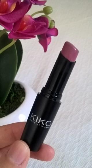 Kiko '813 Apple Blossoms' (Ultra Glossy Stylo)