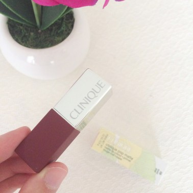 Clinique Pop Matte Lip Colour and Primer in 'Bold Pop'