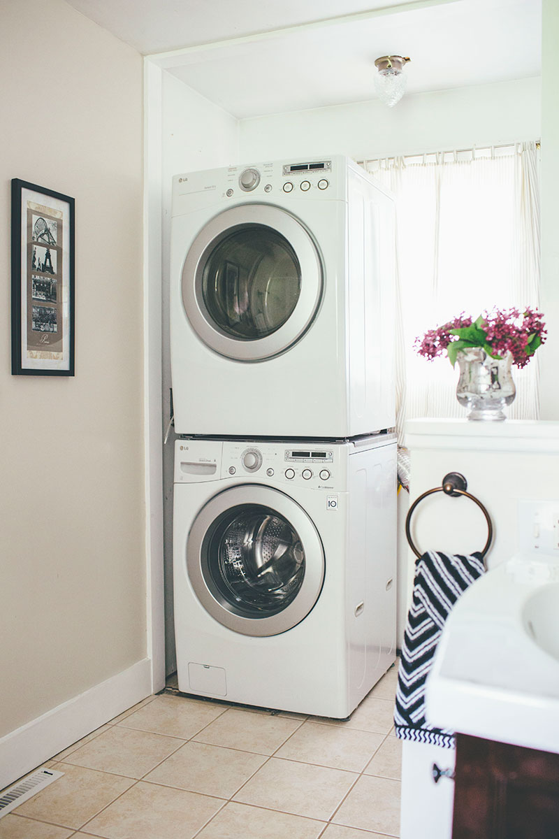 Small Bathroom with Stackable Laundry Area