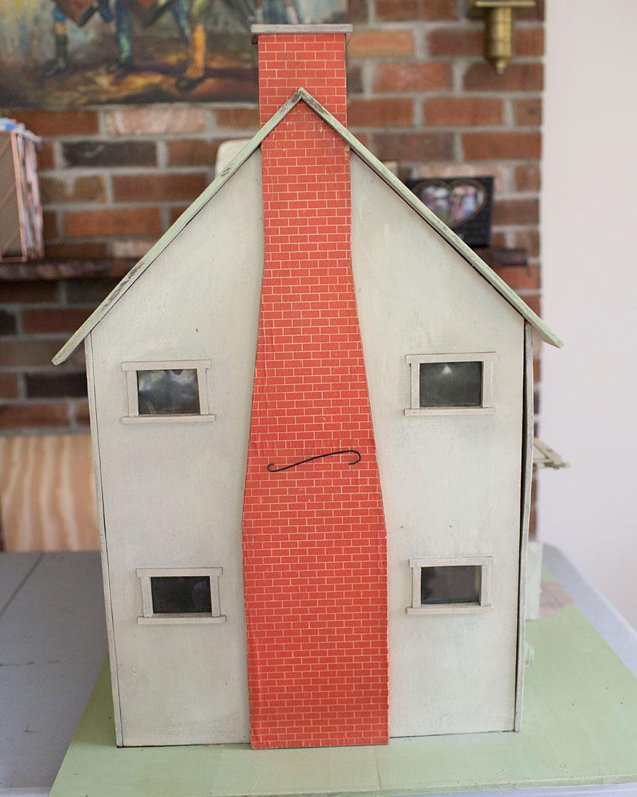 Antique-Dollhouse-Exterior-Fireplace