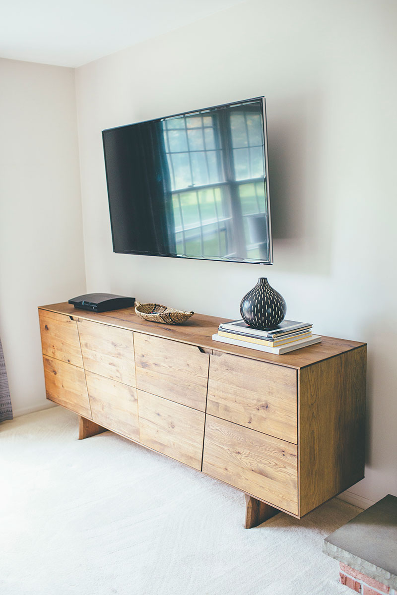 Modern-Rustic-Sideboard-as-TV-Console