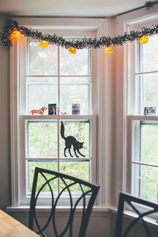 Halloween Pumpkin String Lights in Breakfast Nook