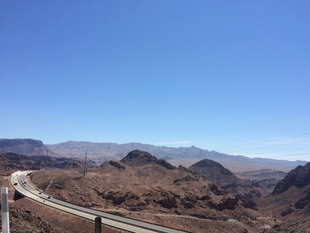 curvy road to the hooverdam