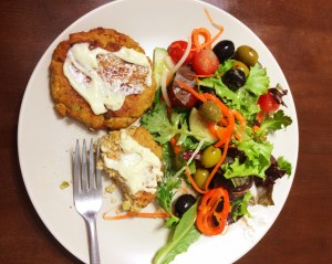 Zesty Salmon Cakes with Roasted Garlic Aioli