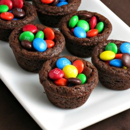M&M Chocolate Cookie Cups | alidaskitchen.com