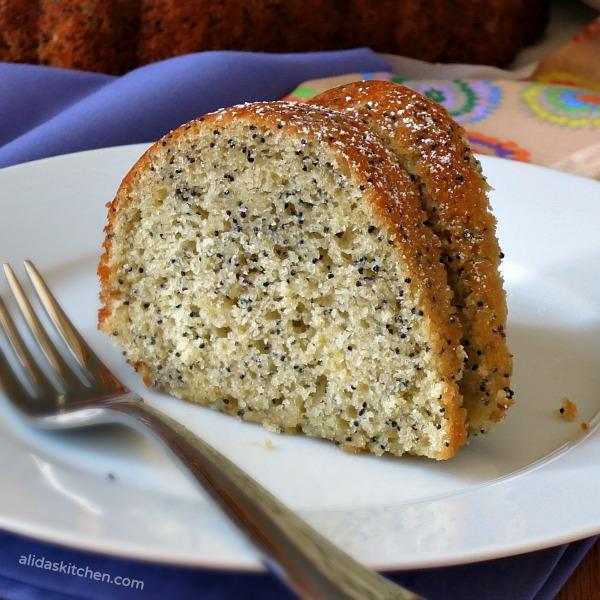 Lemon Poppy Seed Bundt Cake   alidaskitchen.com #recipes #bundtcakes #factsupfront #spon