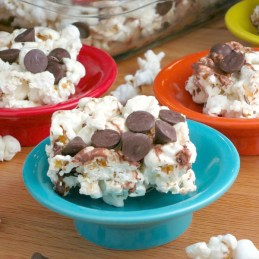 Marshmallow Popcorn Bars | alidaskitchen.com