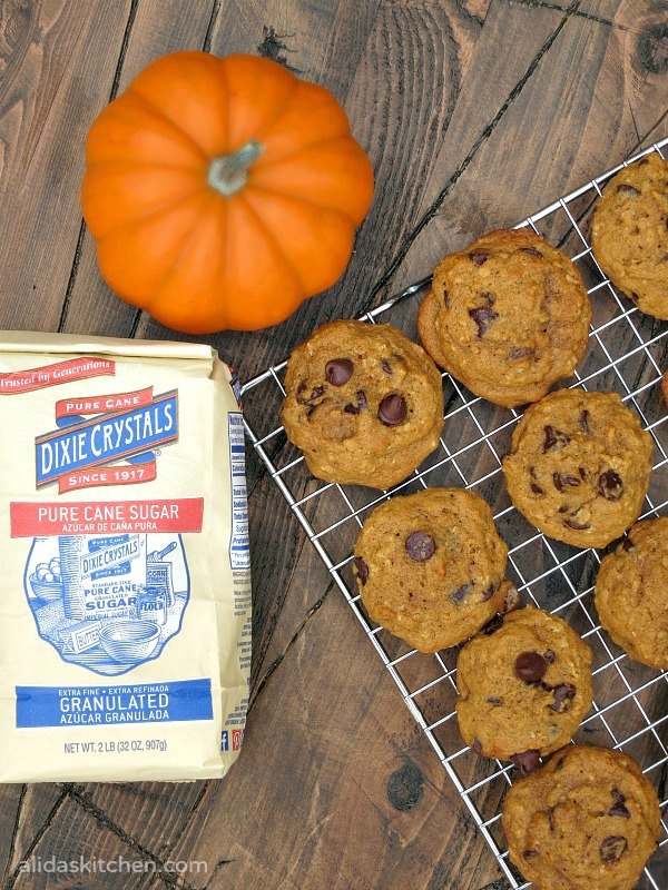 Pumpkin Chocolate Chip Cookies | alidaskitchen.com