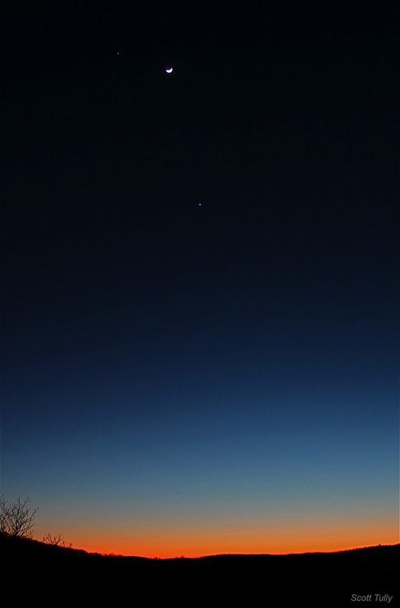 Jupiter, Venus and the Moon over Kent. CT