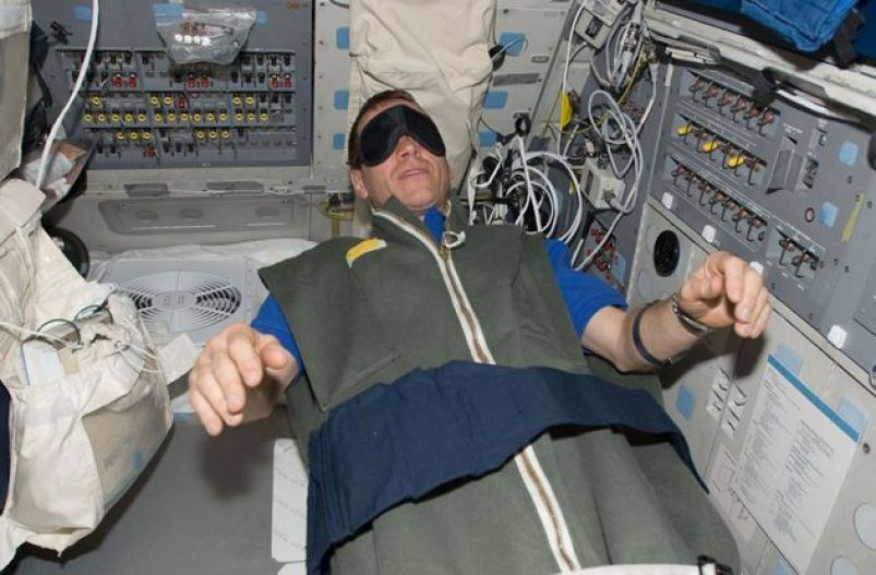 10 Astronaut Health Risks That Threaten Deep Space Missions