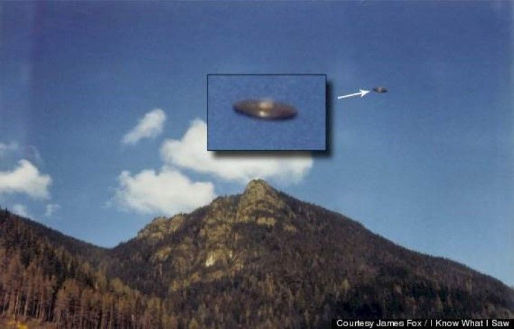 10 Astounding UFO Photos You Have To See To Believe! 1