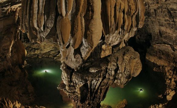 Son Doong cave is World's largest cave, discovered in 2009 22