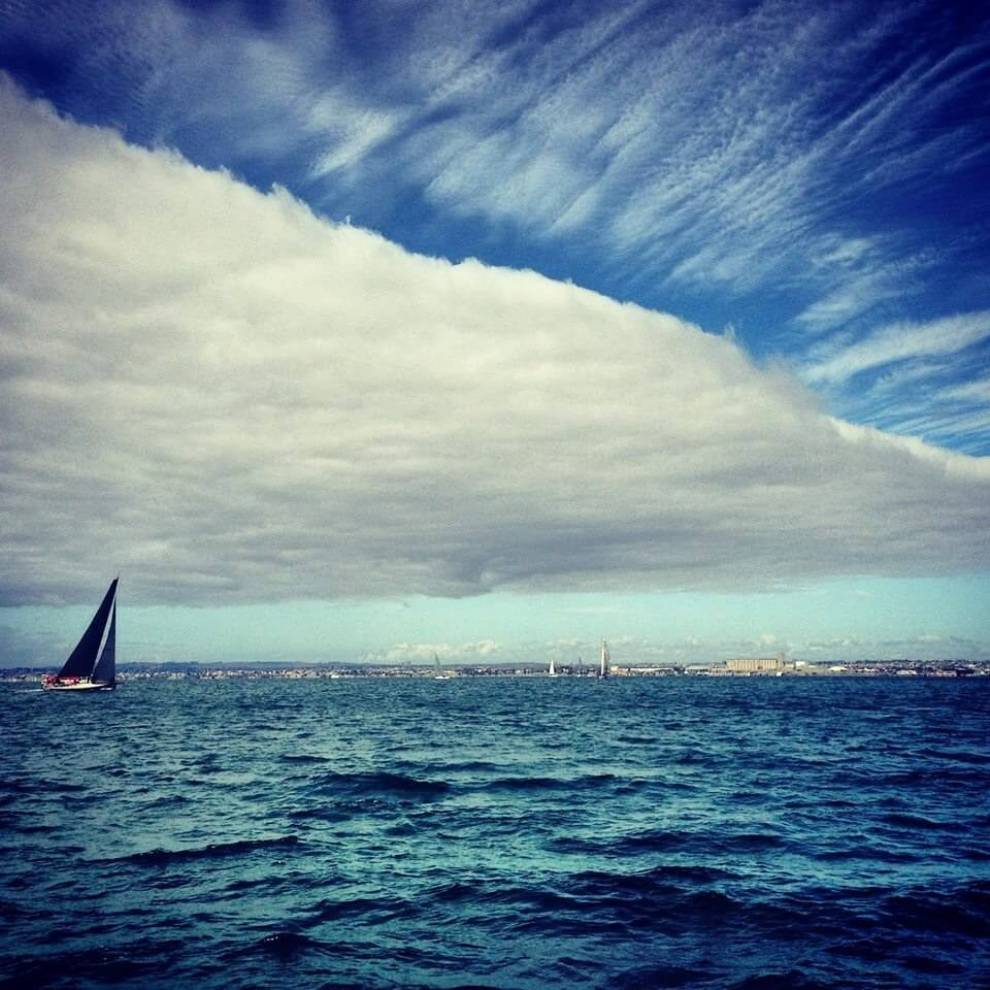 WUT?! Seriously INSANE skies over Geelong, Victoria.
