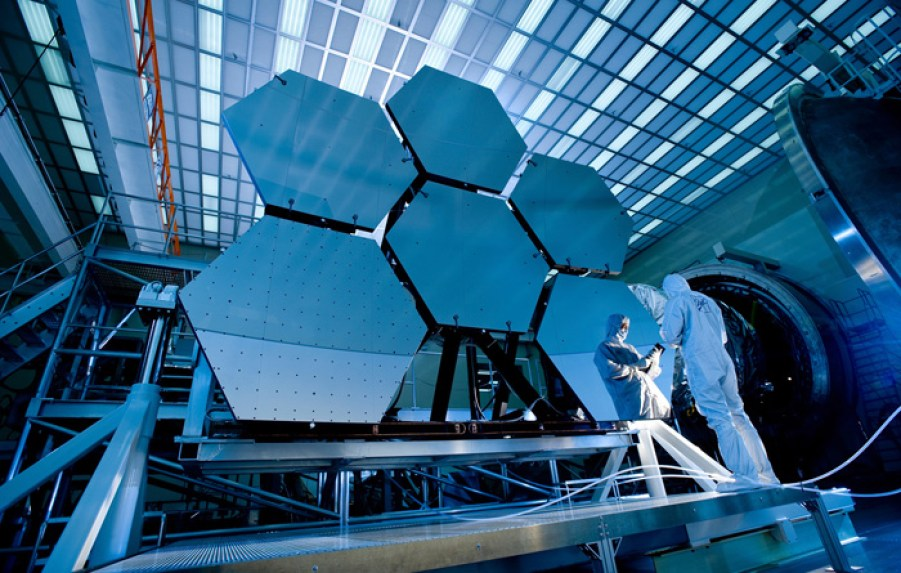 How to Build a Telescope Even More Powerful Than Hubble