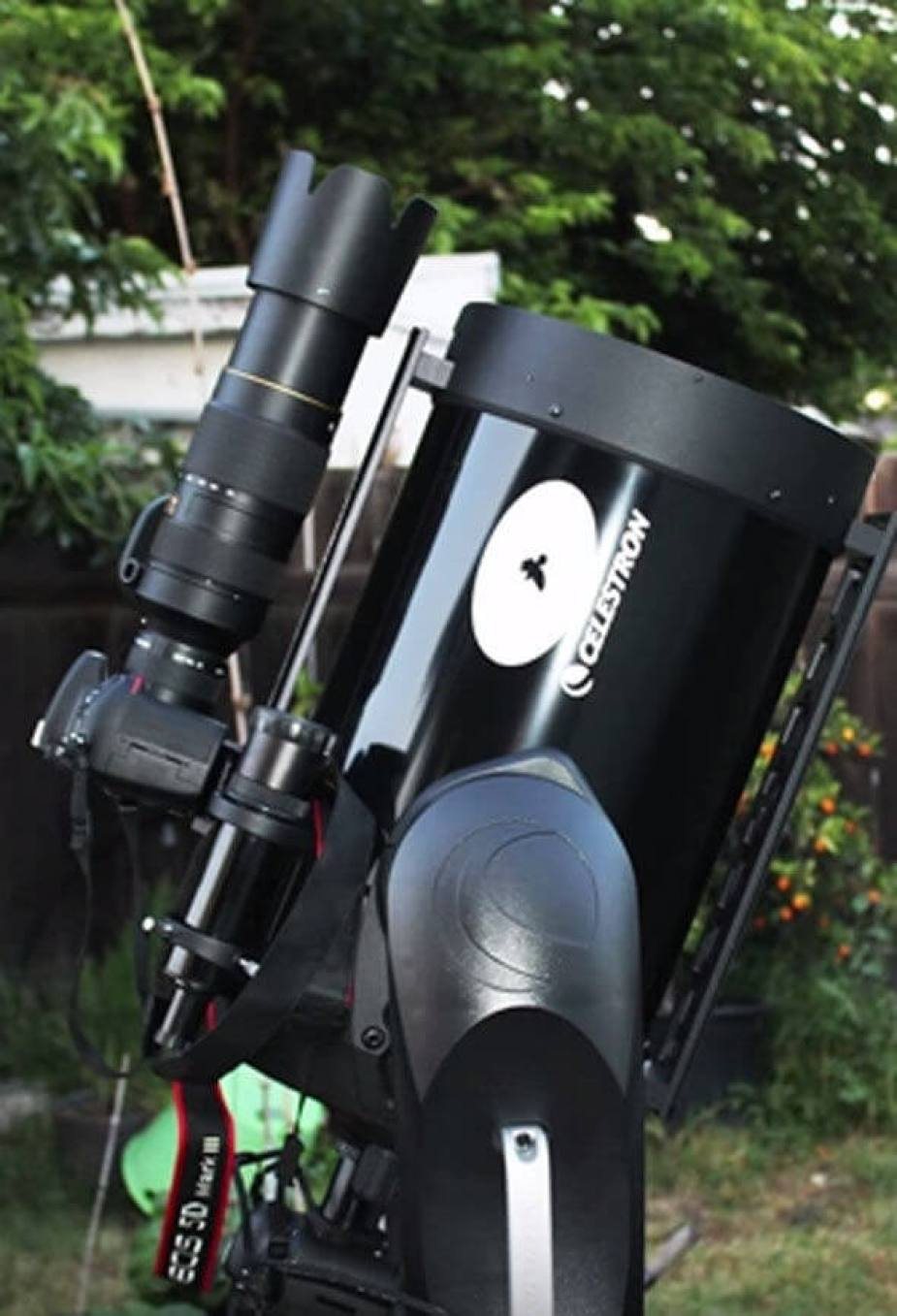 Ccrow777 shows of his high-tech camera kit