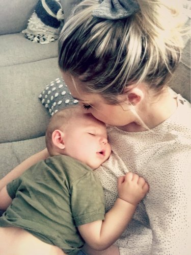 reflux baby, baby spit up, baby reflux remedy
