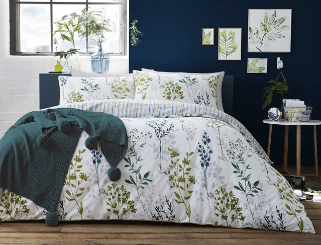 Botanical patterned duvet cover
