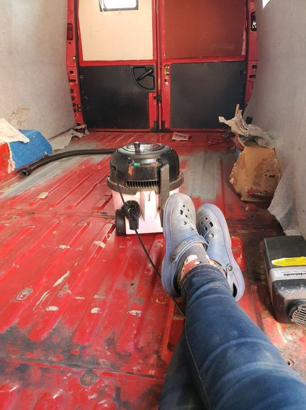 van floor