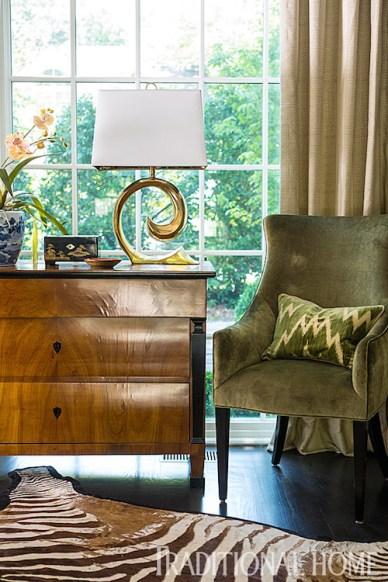 Hallway Sitting Area by Lisa Hilderbrand, Welhil Interiors