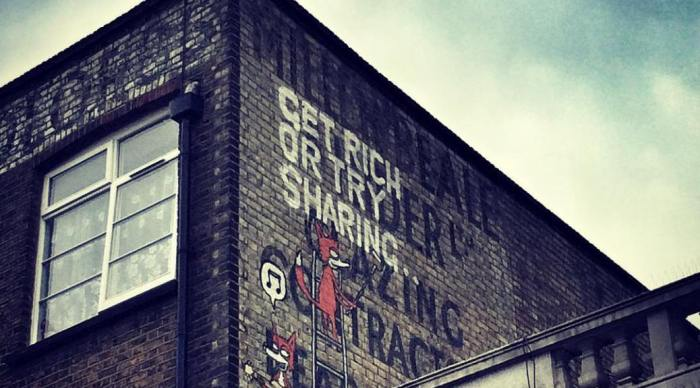 Graffiti: get rich or try sharing