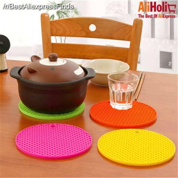 Silicone tableware mats