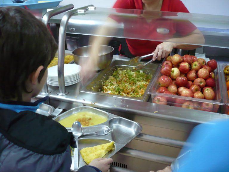 La pelea por una comida sana en los comedores escolares