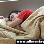 Dormir más de nueve horas diarias sextuplica el riesgo de sufrir alzhéimer