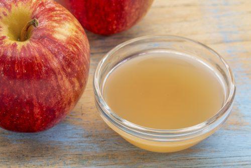 Sirve el vinagre de manzana para bajar de <a href=