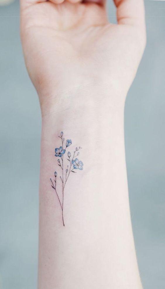 renkli çiçek dövme modelleri