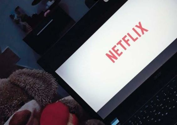 Fake Story Önerileri : Netflix Fotoğrafları