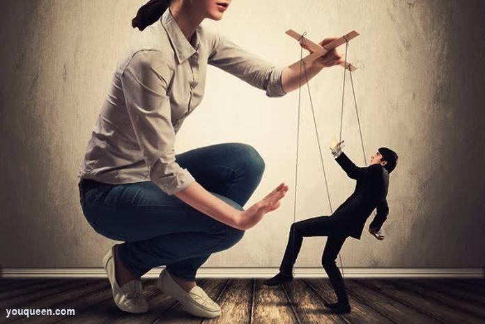 Tu te consideri a fi o femeie bossy?