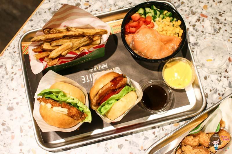 【食記】臺北內湖 FRESHBITE 迷你小漢堡 美式漢堡新吃法 一次滿足多種口味 - Alina 愛琳娜 嗑美食瘋旅遊