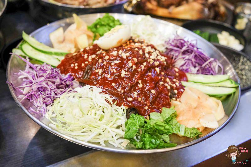 【首爾美食】 滿足五香豬腳-市廳/東大門店,米其林推薦韓國美食 - Alina 愛琳娜 嗑美食瘋旅遊