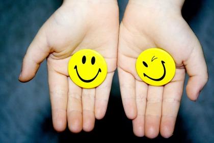 Un exercitiu de respiratie – Fericirea este contagioasa!