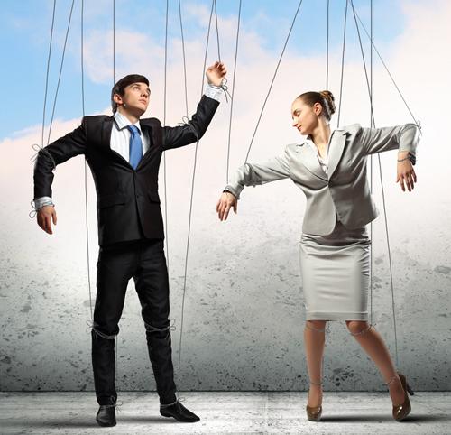 3 motive pentru care ii tii sub control pe ceilalti