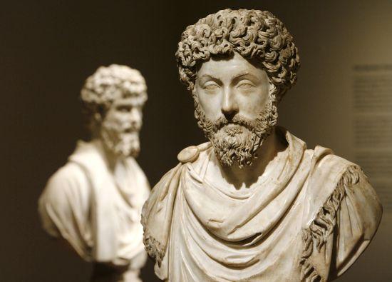 """Cele 10 reguli ale lui Marcus Aurelius pentru a fi un lider exceptional. Ce a scris in """"meditatii"""""""