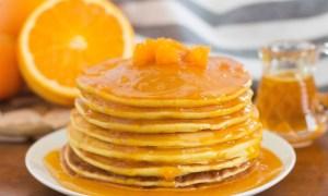 Clătite parfumate cu apă de portocal