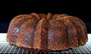 Prăjitură cu mac şi alune