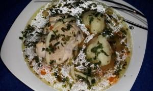 Supă de pui cu legume