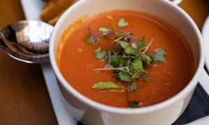 Supă de roşii italienească