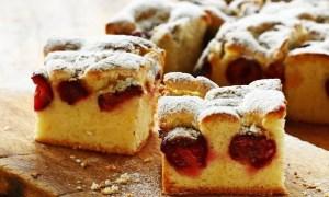Prăjitură cu vişine din compot