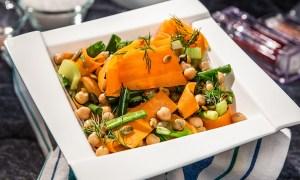 Salată de morcovi și năut