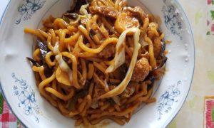 spaghetti cu pui si soia