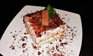 Tiramisu cu ciocolată