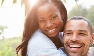 Cum să faci un bărbat să se îndrăgostească de tine într-un mod uşor