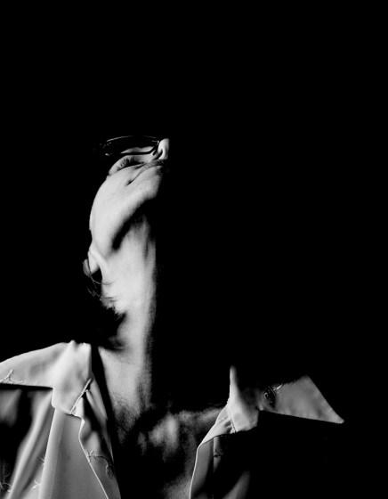Split Light. Alina Oswald self portrait session.