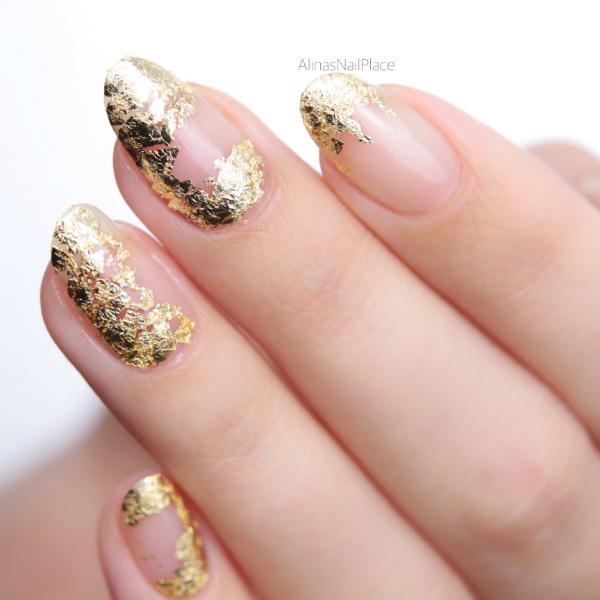 monatsfavoriten gold foil nailart goldfinger schlagmetall essence klarlack