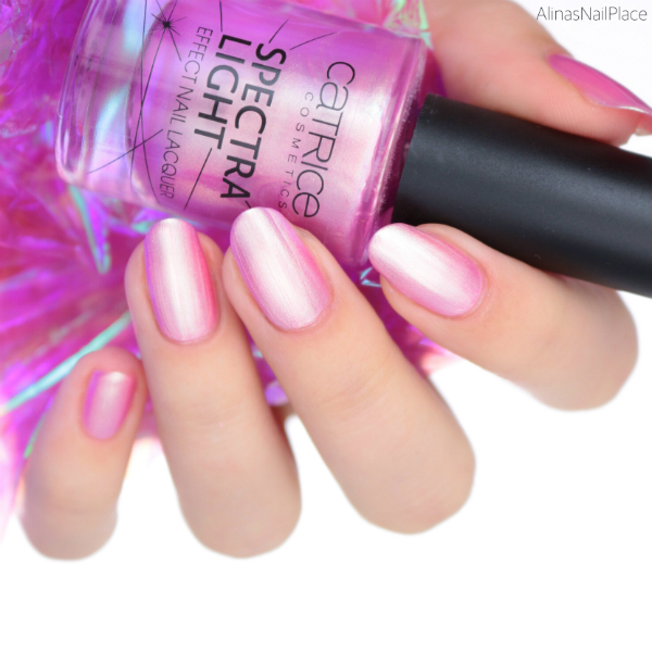 catrice, irridescent illusion, spectra light nail lacquer,